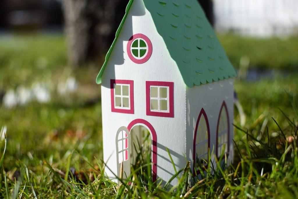 独身男性&女性の住宅ローンは厳しい?!住宅購入の注意点とメリット